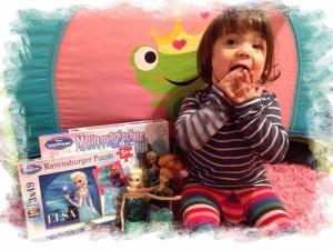 Darlina mit ihren Elsa die Eiskönigin Artikeln